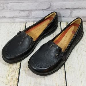 Clarks unstructured leather slip ons size 9.5
